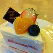 卵未使用のアレルギーのお子様にうれしい白いショートケーキです!!大きくなりました☆ ※要予約