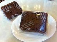 写真はチョコレートのシフォンです♪