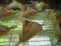 甘味と香りが高く、食感がしっかりしたサンふじを使った自家製フィリングをサクサクのパイで包みました!