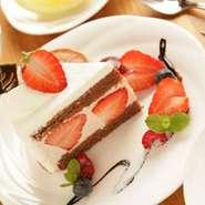 ケーキは日替わりです(9:30~12:00)