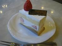 定番の苺のショートケーキです☆