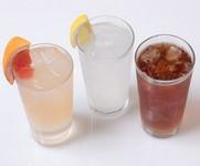 生グレープフルーツ、レモンサワー、ウーロン割り、梅干しサワーなど