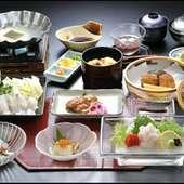 四季折々の美味しい食材を使用したお料理をご用意しております。