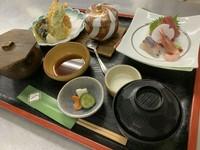 刺身、天ぷら盛合せ、茶碗蒸し、味噌汁、香の物、ご飯