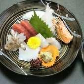 伊良子漁港直送の活け魚や、国産牛など食材を生かした和食を堪能