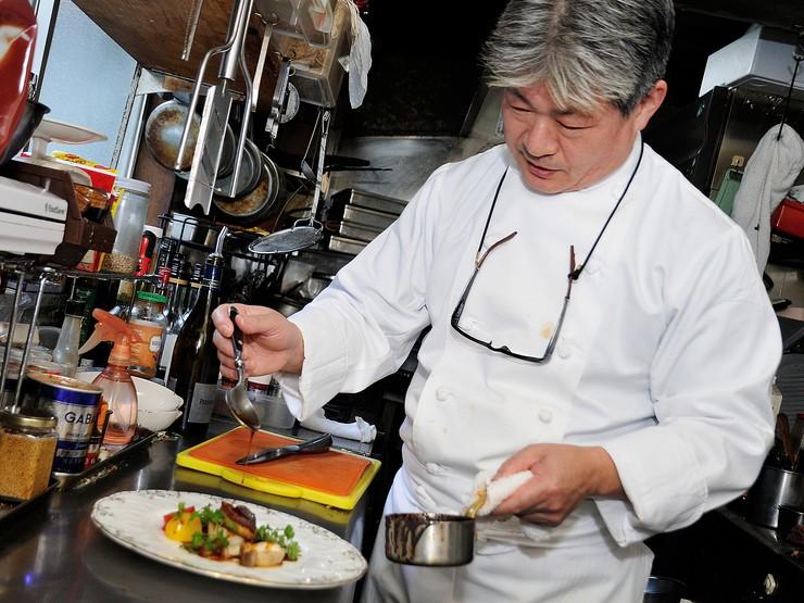 料理の基本を徹底し、お客様に満足いただける時間を提供します