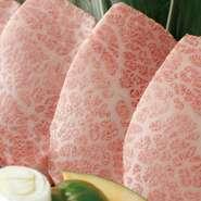 赤身肉の最高峰。 脂肪が少なく、上質な甘み、旨みがあり、しっかり焼いてもレアで焼いても非常に柔らかく、美味しく食べれます。