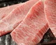 焼肉の王道といえばカルビ! 当店一番のこだわり。 先ずはこちらをお召し上がりください。他でカルビは食べられないでしょう。