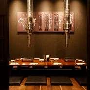 大事な接待や記念日のディナーには個室がおすすめです。ゆっくりと上質な焼肉が味わえる落ち着いた空間。料理を待っている時間も気兼ねすることなく会話を楽しめます。