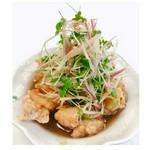 料理屋の本気シリーズ 第二弾『土佐酢で食べる香味野菜のせ竜田揚げ 小パック¥300 / 大パック¥600 (税込)』 ⚪︎お子様でもモリモリ食べられるまろやかな味わい