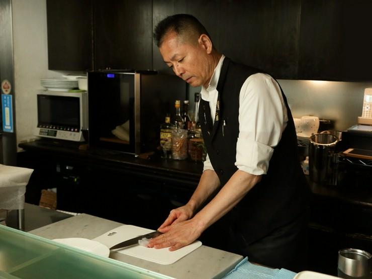 料理は素材を大切に、ワインに合うものをオーナー自ら手作り