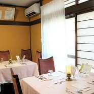 シックでリーズナブルなフランス料理屋「レニエール」。ご宴会やパーティーのご相談も承っております。お気軽にご連絡くださいませ。