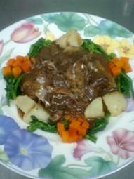 メインのお料理は一品で、美味しいもの!というお客様に!