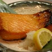 鮭のハラス焼