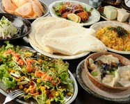 タコスや鰹のタタキなど人気料理を集めたおすすめコースです