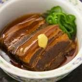 誰もが知る角煮の発祥は、実は長崎の卓袱(しっぽく)料理です。