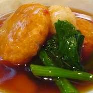 九州産黒毛和牛ステーキ・国産牛の筋肉の赤ワイン煮込み・豚の角煮とろろ掛け・九州産若鶏の唐揚げ・九州産若鶏の天ぷら等々