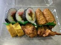 ランチタイム(11:00~14:00) お寿司・惣菜のセット(日替わりメニューとなります) 400円~  (写真は一例です)