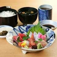 北陸金沢ならではの新鮮で美味しい刺身をお楽しみ下さい
