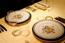 選び抜かれた欧州の食器や銀器
