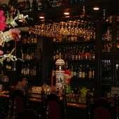 たくさんの洋酒&カクテルで、お待ちしております