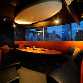 夜景の見えるVIP個室で、3H料理8品+120種飲放付コース4,950円