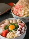 とどろき亭スペシャル…牛肉・エビ・帆立・タコ・イカ・ネギ