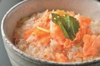 梅・鮭・たらこ・蟹  写真は鮭茶漬けのイメージです。