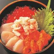 ミニ丼 1700円