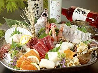 とてもお得に函館の地魚を楽しめる「本日のお刺身盛り」