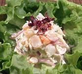 蟹は日本海の荒波の中で育った「ずわい蟹」を使い、海老は広大な太平洋で育つ「芝海老」を使っています。