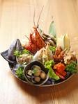 大黒堂の皿鉢料理は地元はもとより県外のお客様の接待にも人気の組ものです。