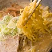 一番のウリは札幌直送麺によるこだわりの「味噌ラーメン」