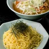 麺の食感を楽しむには「つけ麺」が一番! 野菜つけ麺