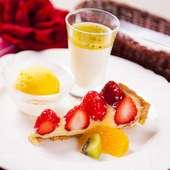 季節のフルーツと、組み合わせを考えたデザート