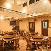 着席50名立食70名完全個室。カラオケ付でパーティができます。