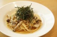 ●高菜、ベーコン¥800 ●キノコ、アサリ¥800 ●明太子、茄子、ベーコン¥850