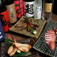 写真は、穴子、フグ、イカ。その日に捕れた日間賀産の鮮魚を一夜干しや醤油漬けにして直送しています。