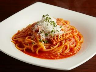 パスタ料理の中の一品『トリッパのトマトソース リングイネ』