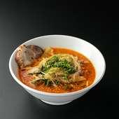 スープの材料からこだわった、特製の『きなせやラーメン』