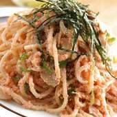 ボリュームたっぷりのスパゲッチ。一度食べたらヤミツキです!!