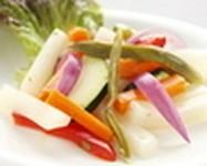 野菜をスパイシーなピクルスにしました