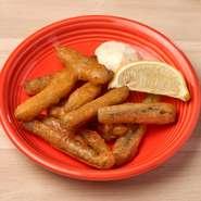 香ばしくて旨みたっぷりな根菜のフリット!ヘルシーなのに満足感の高い人気メニュー。