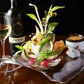 フレッシュな旬野菜にアツアツのバーニャカウダが絶妙『農園バーニャカウダ』