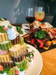 野菜ソムリエ厳選の「季節の野菜」と「ロールケーキタワー」を加えた飲み放題付きパーティープラン★