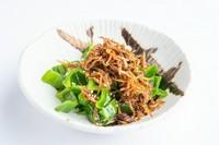 ちりめんの磯の味わいと山椒の香りがピーマンの苦みと甘みを程よく引き立てます。