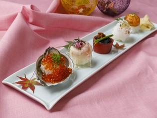 七つの味わいを満喫『七色てまり寿司』