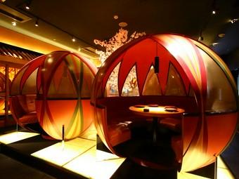 インスタ映えする幻想的で華やかな和空間、宴会に最適