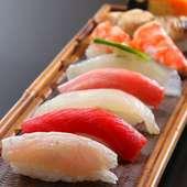 全国各地の漁師から直送で届く旬魚を使った『寿司』