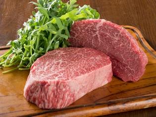 うまみがつまった肉は、柔らかくてヘルシー『熊本あか牛の生肉』